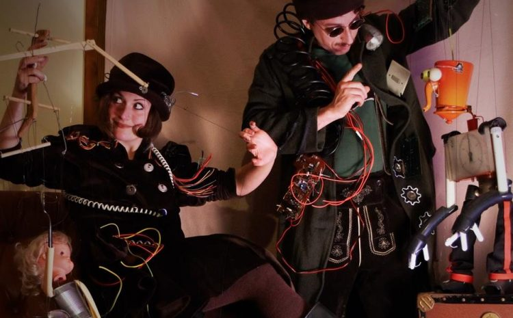 10 agosto   Ecomonster puppet show